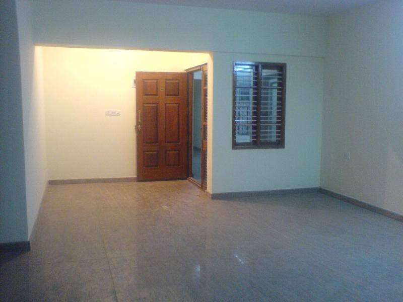 Bhk penthouse flat for rent btm lay out st stage near axa buil